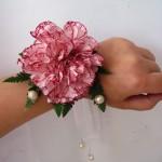 Bransoletka kwiatowa do ślubu