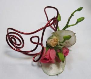 Ozodba kwiatowa na rękę - biżuteria florystyczna