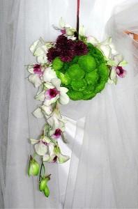 Wiązanka ślubna - kula ze stroczykiem