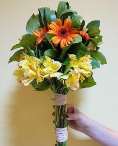 Bukiet okolicznościowy z gerberami i liliami