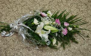 florystyka-żałobna-bukiet-pogrzebowy