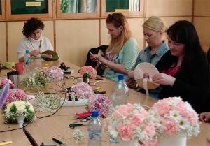 florystyka Wrocław - tak powstają bukiety ślubne