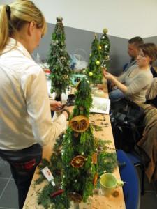 Florystyka bożonarodzeniowa na kursie florystyki w Warszawie