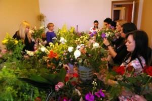 Kurs bukieciarstwa Kraków - kwiaty na kursie