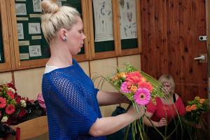 Kurs florystyczny w Katowicach - praca nad kompozycją