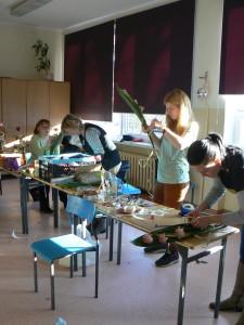 Kursy florystyczne - floryści w trakcie nauki
