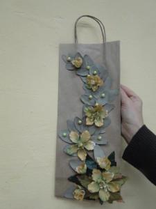 Ozdoba na torbę z prezentem