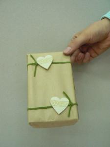 Papier prezentowy z sercami
