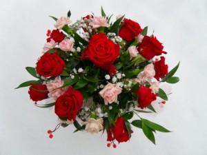 bukiet na walentynki z rózami