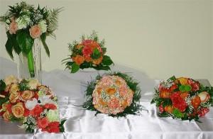 bukiety ślubne różne