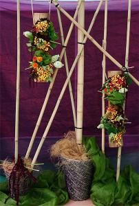Dekoracja z pędów bambusa