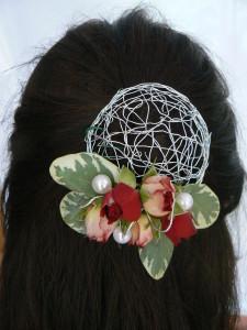 przypinka do włosów - z różami