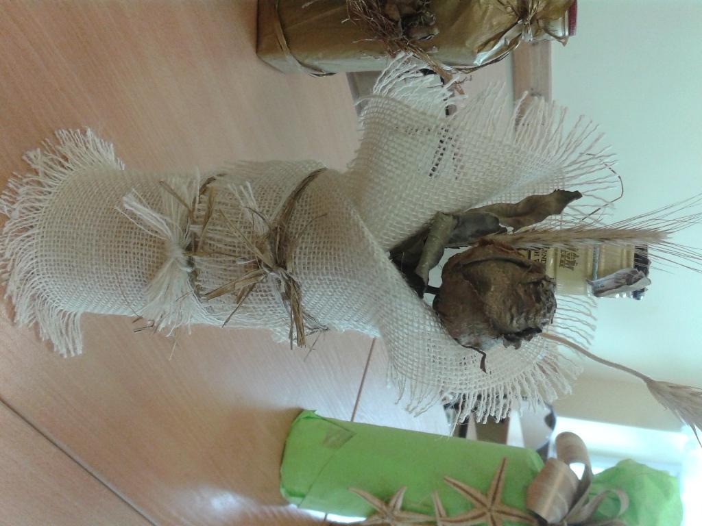 Aktualne Jak ozdobić butelkę z wykorzystaniem kwiatów - ozdabianie butelek IU59