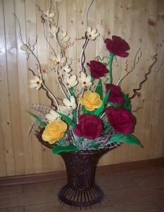 kwiaty-z-papieru-bukiet-w-koszu.