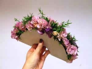 Wachlarz ślubny z kwiatów różowych