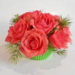 kompozycja na dzień kobiet z różami
