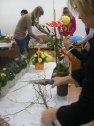 Kurs florystyczny Gdańsk - prace nad kompozycją w naczyniu