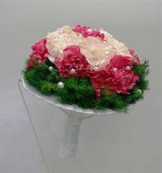 bukiet ślubny biedermeier goździki