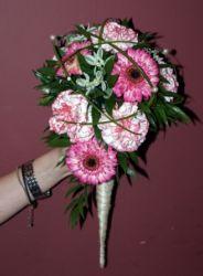 Bukiet w rożku biało-różowy