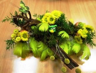 dekoracja florystyczna wielkanocna