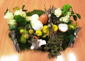 stroik florystyczny wielkanocny