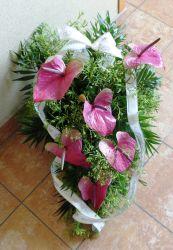 Wiązanka pogrzebowa fioletowa z anturium