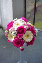 biało-różowe-kwiaty-ślubne-kraków