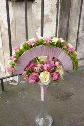 kwiatowy-wachlarz-ślubny-różowe-białe-róże-kraków
