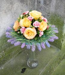 wiązanka-ślubna-żółte-róże-i-wrzosy